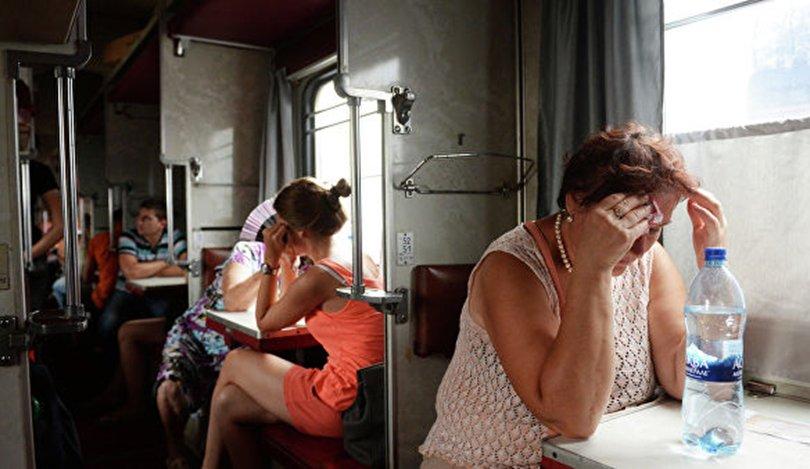 Оросын төмөр замын тасалбарын үнэ нэмэх гэж байгааг эсэргүүцжээ