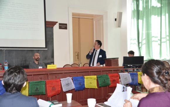 ОУ-ын Монгол судлалын хуралд тусгай архивын судлаач Н.Батболд оролцов
