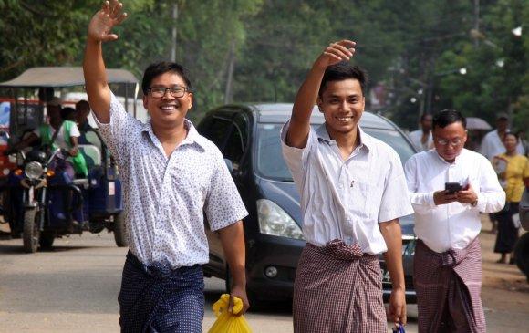 Мьянмарт 500 хоног хоригдсон сэтгүүлчид суллагджээ