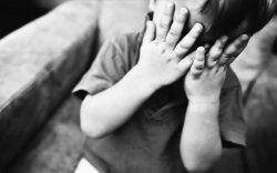 Хүүхэд хохирсон гэмт хэргийн 84 хувийг насанд хүрэгчид үйлдэж байна