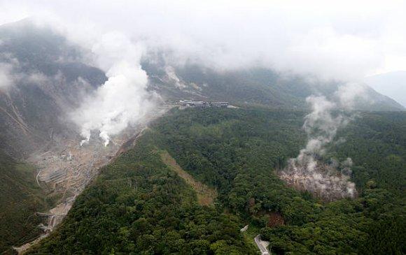 Японы Хаконэ галт уул дэлбэрч магадгүй байна