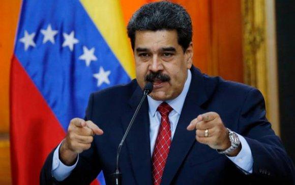 Мадуро: Америкчууд Венесуэлийн газрын тосонд шунаж байна