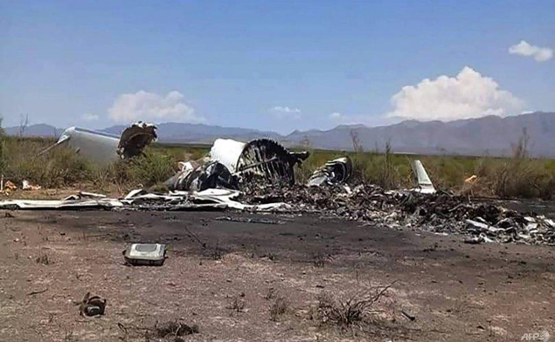 Мексикт онгоц осолдож, 13 хүн амиа алдав