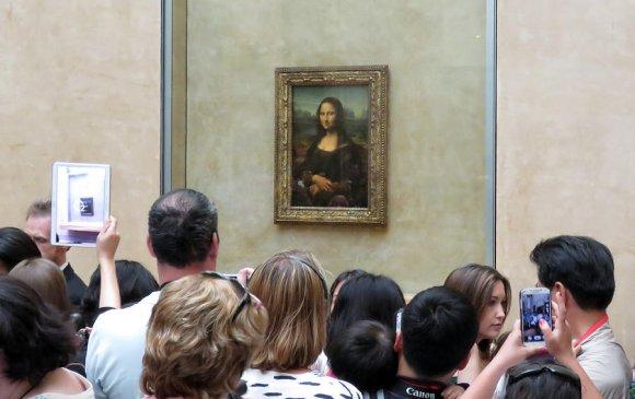 """""""Мона Лиза""""-ийн хөрөг жуулчдын сэтгэлд нийцээгүй үзмэрүүдийг тэргүүлжээ"""