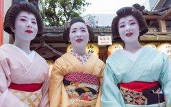 Япон улс 40 сая жуулчин хүлээж авна