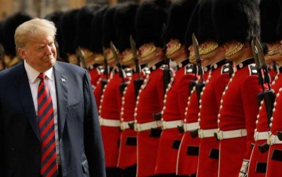 Дональд Трамп Их Британид төрийн айлчлал  хийж байна