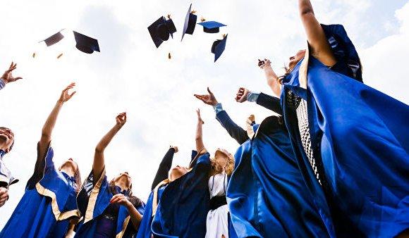 ОХУ: Өнгөрсөн жилийн төгсөгчдийн 75 хувь нь ажилд оржээ