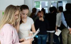 Орос хэлний шалгалтад дээд оноо авсан сурагчийн тоо буурчээ