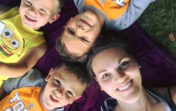 Гурван хүүтэй ээжийн ирээдүйн бэрүүддээ бичсэн захидал