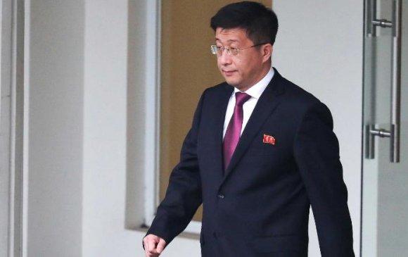 """Хойд Солонгосын """"цаазлуулсан"""" дипломатч амьд"""