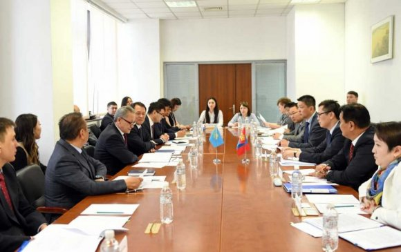 Монгол Улс, БНКазУ-ын ГХЯ хоорондын Консулын IX зөвлөлдөх уулзалт болов