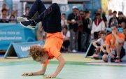 Олимпийн хөтөлбөрт брейк бүжиг багтлаа