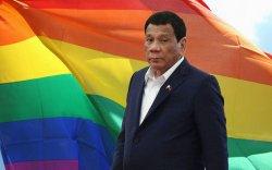 Филиппиний Ерөнхийлөгч өөрийгөө ижил хүйстэн байсныг зарлажээ