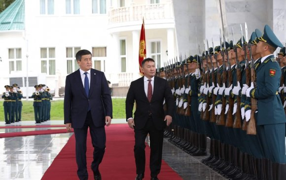 Ерөнхийлөгч Х.Баттулгыг Киргиз улсын Ерөнхийлөгч С.Ш.Жээнбеков албан ёсоор угтлаа