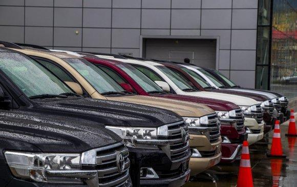 Land Cruiser 200 автомашиныг 10%-ийн урьдчилгаа төлөөд авах боломжтой