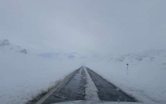 Баян-Өлгийд цас оржээ