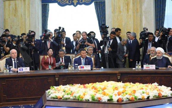 Ерөнхийлөгч ШХАБ-ын төлөөлөгчдийн уулзалтад оролцож байна