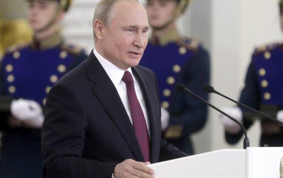 Путин сэтгүүлчийн хэрэгтэй холбогдуулан хоёр генералыг огцруулав