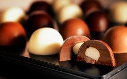 Хилийн чанад руу 322 мянган ам.долларын шоколад гаргажээ