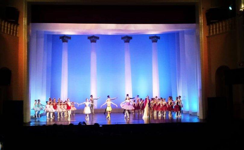 """Өсвөрийн балетчдын """"Spirit of ballet 2019"""" гала тоглолт боллоо"""