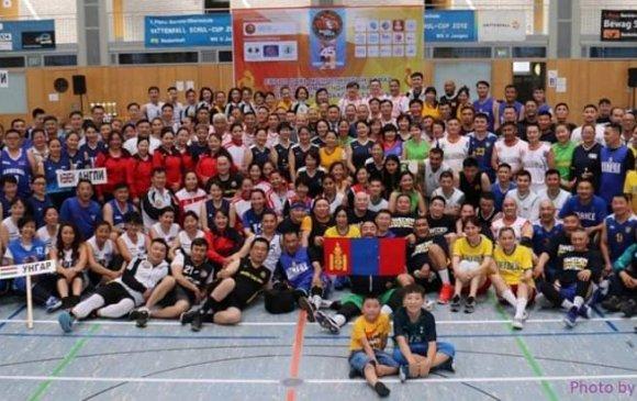 Европ дахь монголчуудын ахмад сагсан бөмбөгчдийн 11 дүгээр тэмцээн амжилттай болж өндөрлөв