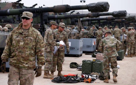 Польш улсад мянган цэрэг АНУ нэмж байрлуулна