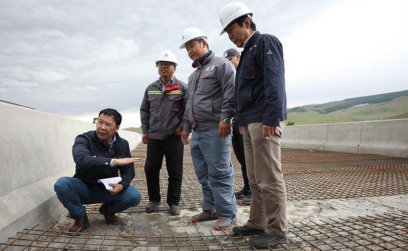 Нийслэлийн дэд бүтцийн салбарт хийгдэж буй бүтээн байгуулалтын ажлуудыг түргэвчлэхийг үүрэг болгов