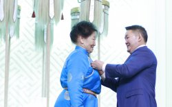 81 насандаа Гавьяат тамирчин болсон Т.Цэрэндолгор