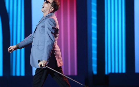 ОХУ-ын дуучин Лепс жүжигчин Стивен Сигалтай хамтарч дуулна