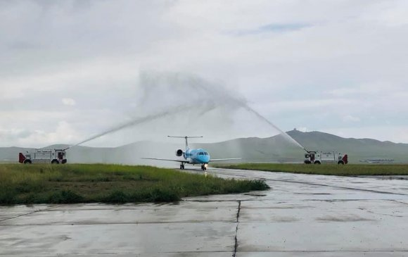 """""""Аэро Монголиа"""" компани хоёр дахь """"Embraer"""" угтан авлаа"""