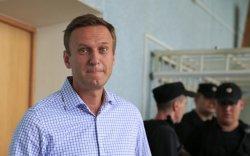 Кремлийг шүүмжлэгч Алексей Навальныйг хорьжээ