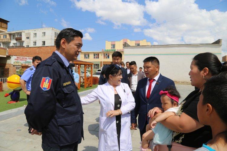 24-750x500 Хан-Уул дүүрэгт зам, тохижилт, цэцэрлэгжүүлэлтийн ажлууд үргэлжилж байна