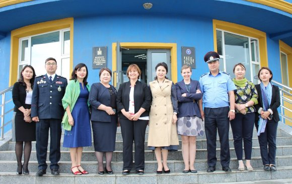 ШХУ-ын Парламентийн дарга Баянзүрх дүүрэгт ажиллав
