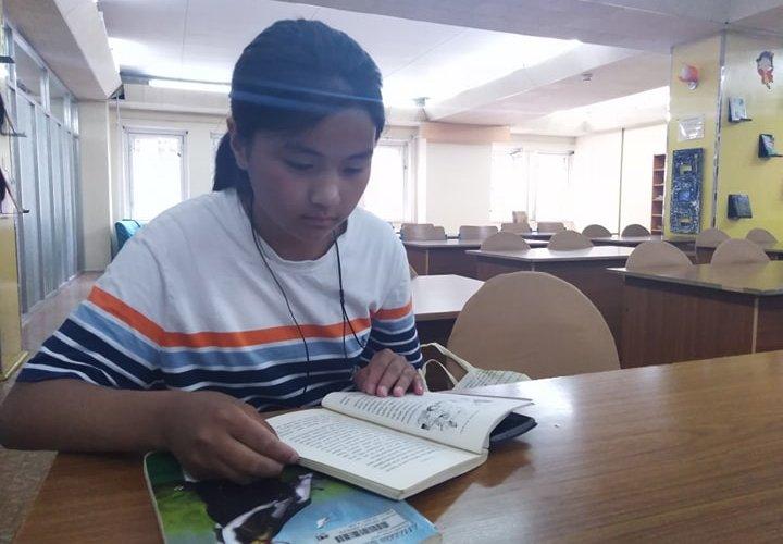 """""""Хүүхдийн төв номын сан""""-ийн хамгийн бяцхан уншигч нь """"живхтэй маамуу"""""""