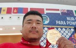 Э.Содномпилжээ Дэлхийн рекордыг шинэчилж, дэлхийн аварга боллоо