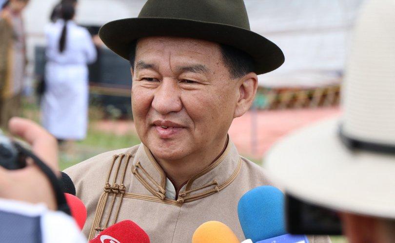 """Ц.Даваасүрэн: """"Хотгойдын хурд-IV"""" даншиг наадмын нээлт шөнө болох гэж буйгаараа Монголдоо анхных"""