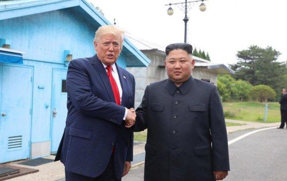 Трамп Кимтэй дахин уулзахыг хүсчээ