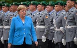 Ангела Меркель ямар өвчинтэй бэ?