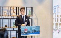 Их Британий Консулын газрын ажилтан Хонконгод саатуулагджээ