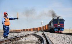 Ази-Европыг холбосон УБТЗ-ын гол замаар дамжин өнгөрсөн транзит чингэлгийн галт тэрэг 900-д хүрлээ