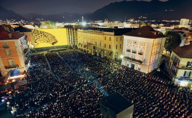 Швейцарын Локарно олон улсын кино наадамд оролцож байна