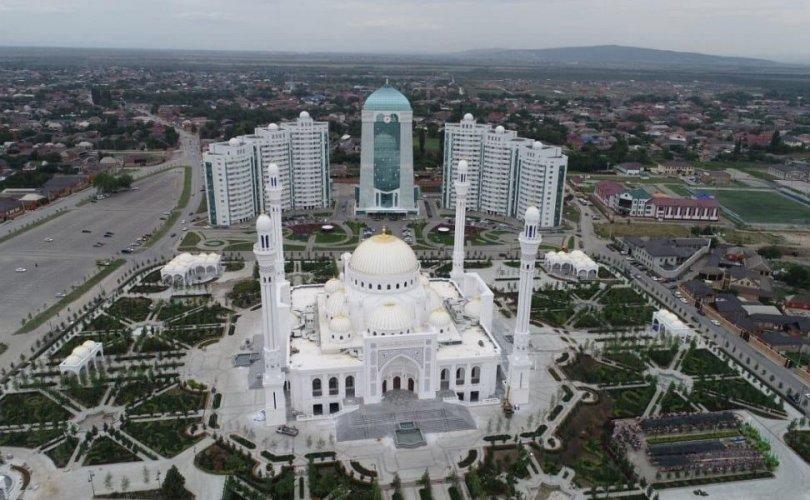 Европын хамгийн том Исламын сүм Чеченьд нээгджээ
