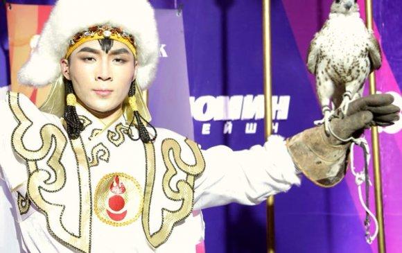 Ардын бүжигчин Б.Эрдэнэбаяр