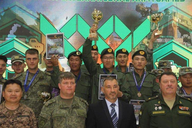 68493359_2543278629242987_4347307176218329088_n-750x500 Монголын баг туухай өргөлтөөр алтан медаль хүртлээ