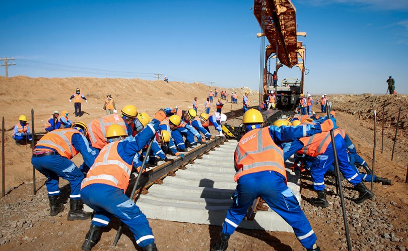 УБТЗ гол замынхаа 70 хувийг төмөр бетон дэртэй болгоод байна