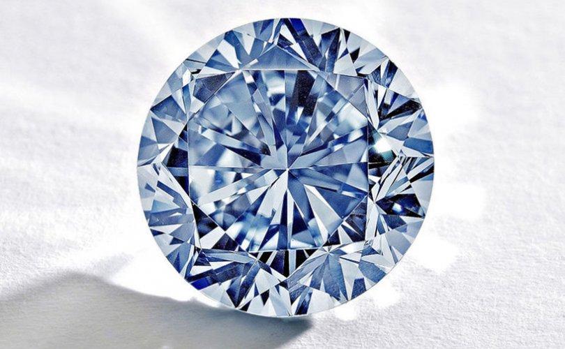 ДЭЗФ: Якутын павильоноос алмаз хожих боломжтой