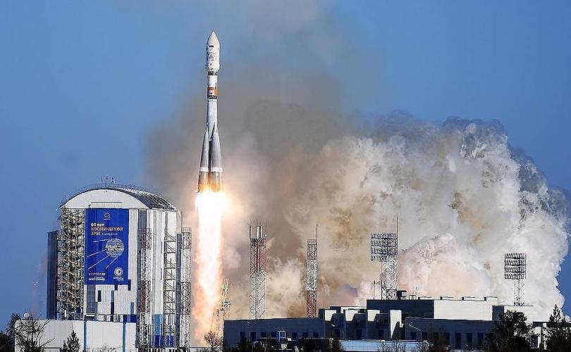 """Оросын роботыг хүргэх зорилготой  """"Союз-2.1а"""" пуужин хөөрөв"""
