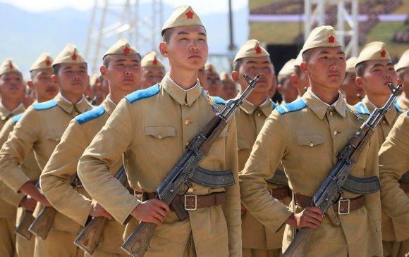 Оюутан цэргүүд тангаргаа өргөн, халагдлаа
