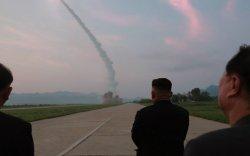 Пентагоны тэргүүн Марк Эспер: Ким Жон Унд итгэхгүй байна