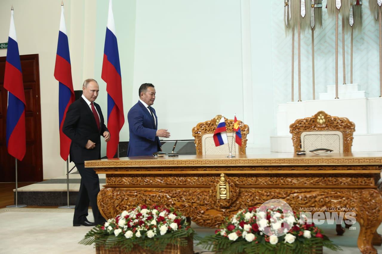Путин Баттулга (21)